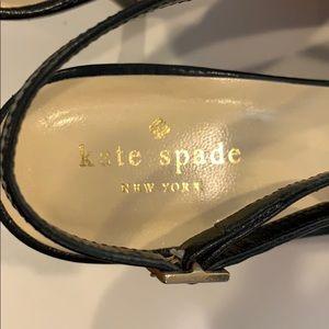 kate spade Shoes - Kate Spade 'Billow' pump